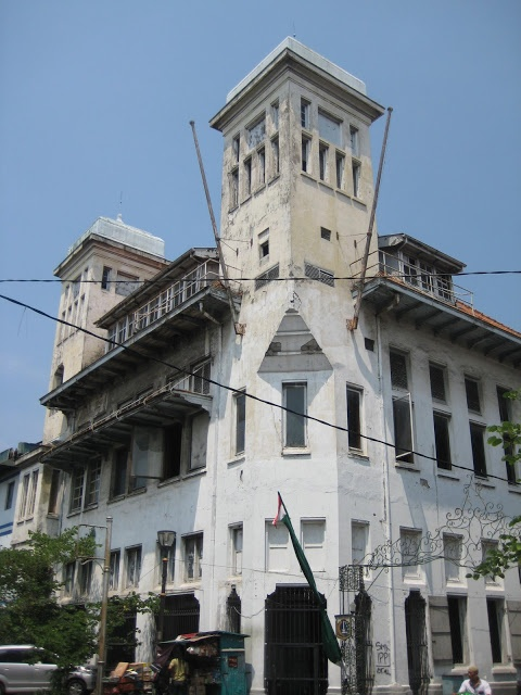 Jiwa - Development - Planning - Architecture: 22.0 Jakarta Kota a historic center awaiting renewal.