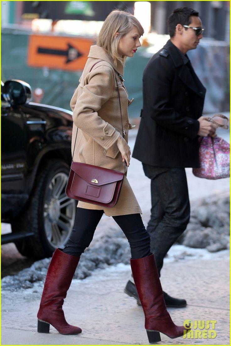 Taylor Swift & Karlie Kloss Play Vogue's Best Best Friends Game