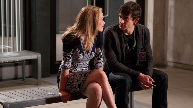 Annie Walker (Piper Perabo) & Auggie Anderson (Christopher Gorham) in the Covert Affairs episode 'In The Light'