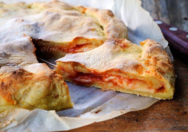 #Torta salata con #patate ripiena mozzarella e pomodoro