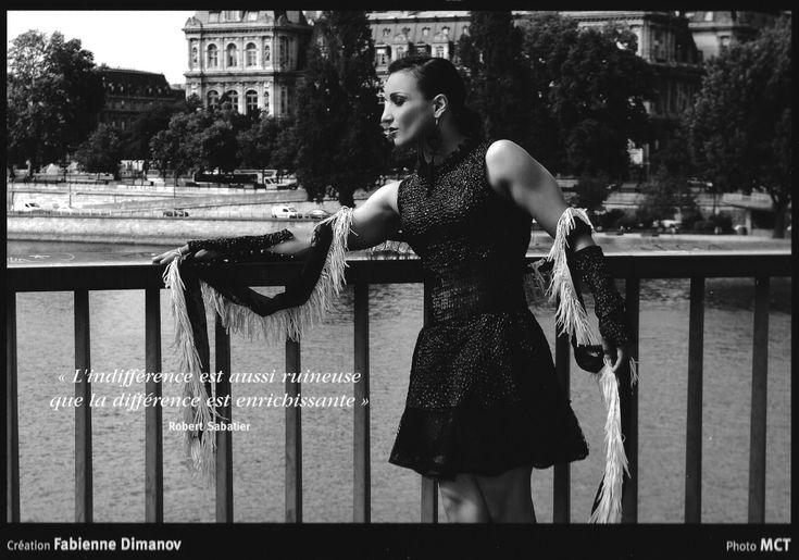 Sarah Ourahmoune pose sur le pont Saint Louis pour le calendrier Black & White (Création #Fabienne Dimanov Paris)