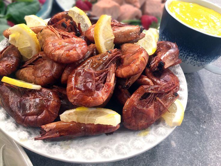 Rökta räkor med hemgjord aioli | Recept från Köket.se