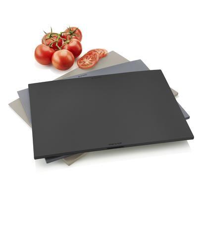 שלושה לוחות בעלי גוונים שונים (כל לוח יכול לשמש למטרה אחרת: בשר, ירקות וכו'). הלוחות...