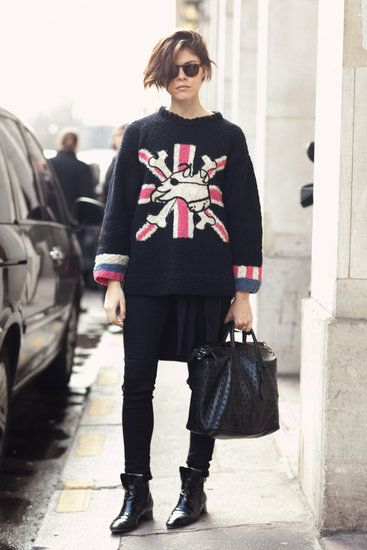 Très Chic! The Best Street Style at Paris Fashion Week: Emily Weiss took a British punk vibe to the streets of Paris.  Source: Le 21ème | Adam Katz Sinding