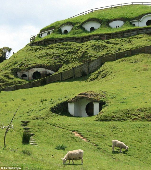 the original Lord of the Rings movie set in NZ