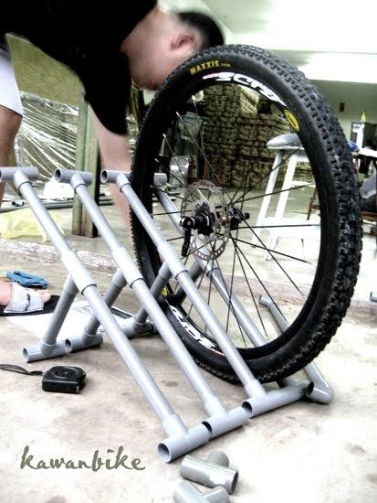 kawanbike: DIY-Pickup truck bike rack