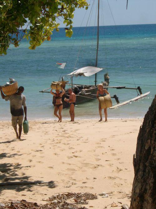 LES MITSIO 07JOURS ET LES PERLES DU CAP NOSY BE - DILANN TOURS MADAGASCAR