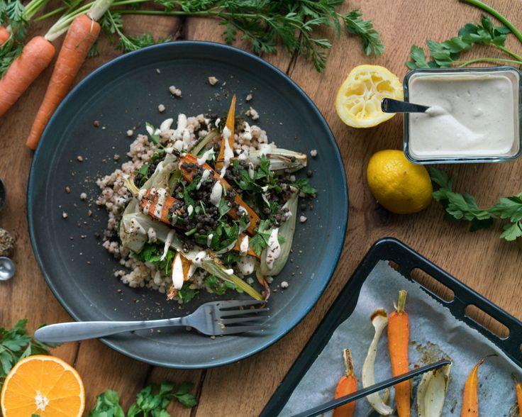 Salade tiède de sorghum, lentilles, fenouil et carottes roties, avec sa petite sauce tahini au agrumes