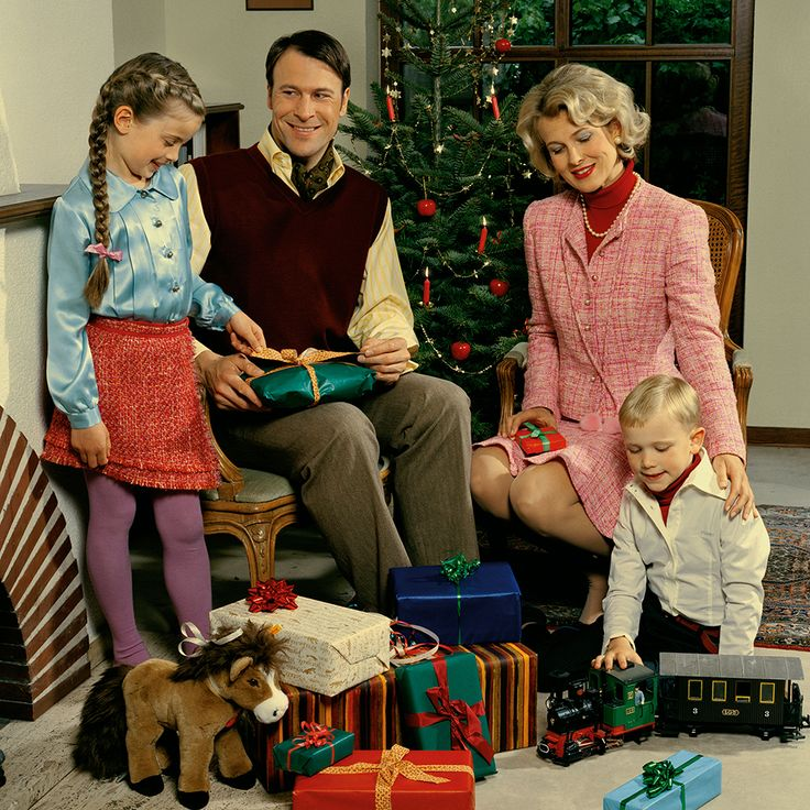 Kid's Wear - Advent Calendar 2014  Christmas with your family.. photo by Achim Lippoth