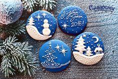 Новогодний набор расписных имбирных пряников - лучший подарок для родных, близких и друзей. Подарите волшебство в сказочную ночь.