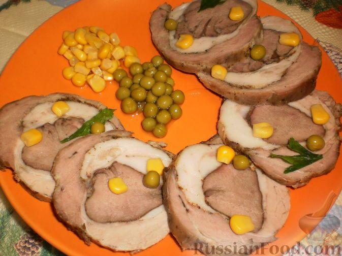 Рулет из свинины и свиного языка