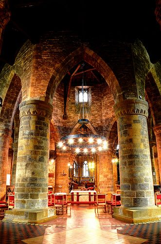 Church of the Holy Sepulchre, Northampton, England | by Baz Richardson. Built in 1100 by Simon de Senlis, Ist Earl of Northamptonshire to celebrate  his safe return from the Crusades. One of four Medieval round churches to survive