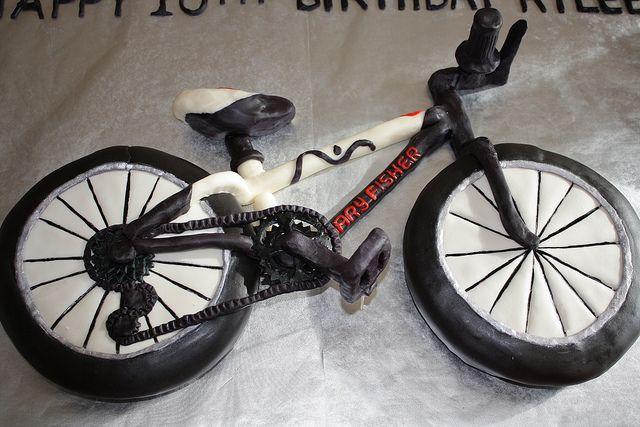 Bike cake by Designer_Cakes, via Flickr