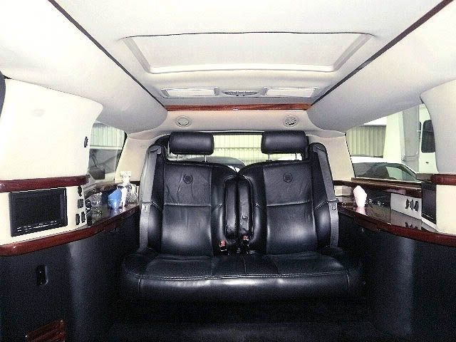 Cadillac Escalade Limo Interior American Limousine Sales Showroom Pinterest Limo Party