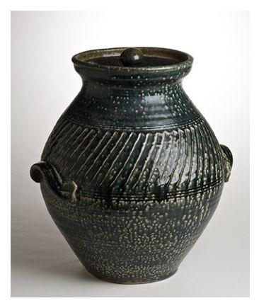 A Mirek Smíšek (O.B.E.) salt-glazed pot