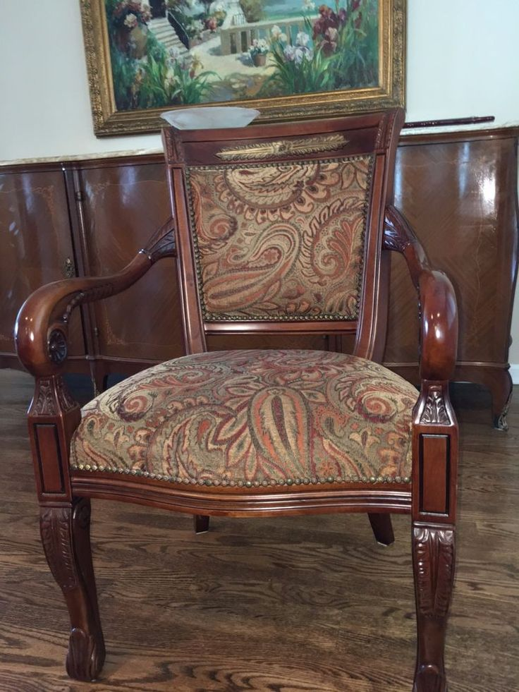 need to be refurbished. Set of 8 Used Dining Room Traditional Chairs #NA #Traditional