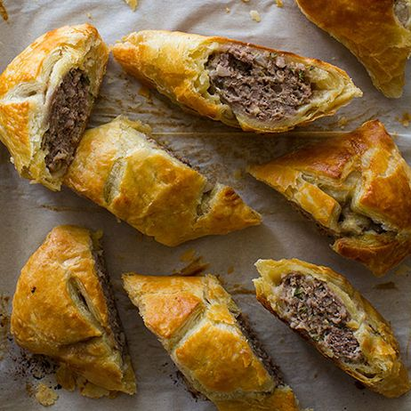 Our Australian Lamb & Sausage Roll is the perfect snack. It is basically a meat pie, and we used lamb and mild Italian pork Sausage.