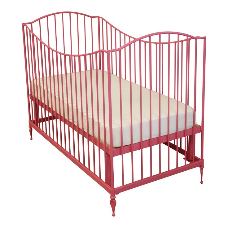 Baby Bed Toscane #fabsworld #metalenbabybedje #metalenbed #ijzerenbed #smeedijzeren bed #metalen ledikant #metalen bed #gietijzeren bed # vintage bed #nostalgische bedden #iron cot #iron bed #  romantische bedjes #metalen ledikantje  shop: www.metalenbabybedje.nl brand: Fabs World The Netherlands