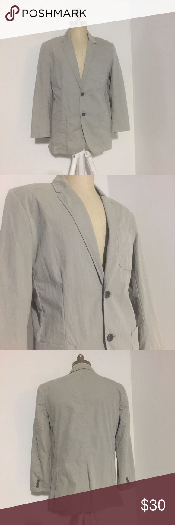 Calvin Klein Gray Sportscoat Gorgeous lightweight sportcoat in like new condition by Calvin Klein. Size M with 2 buttons. Calvin Klein Jackets & Coats