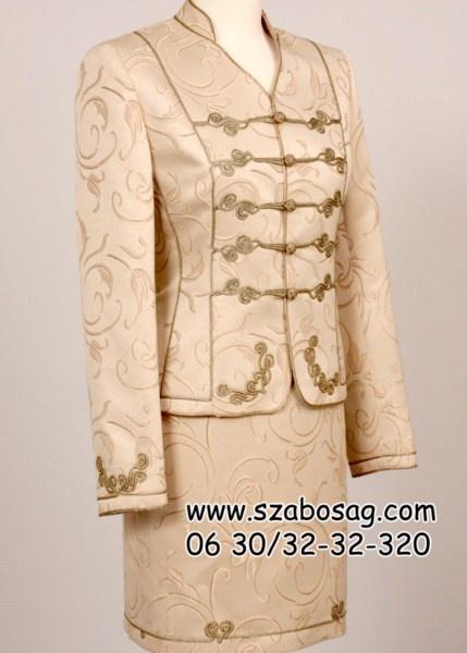 Női bocskai kosztüm 10