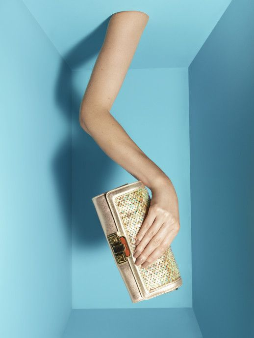Missoni:talk to the bag, pinned by Ton van der Veer