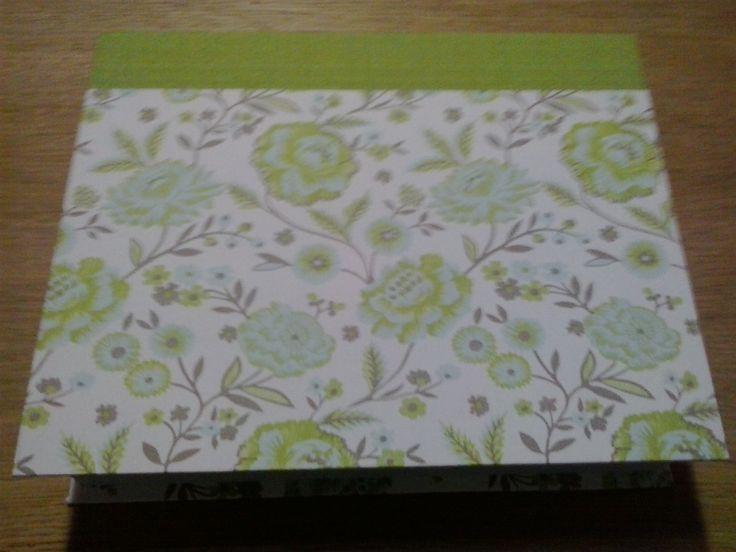 Caja Claveles verdes by Antaño y Hogaño