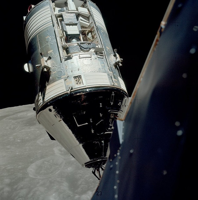 Apollo 17 Command Module - Pics about space