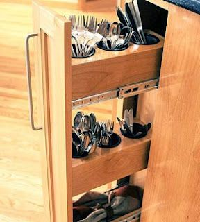 Cool kitchen idea for small cabinet