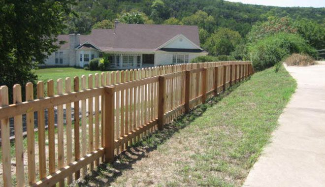 4 Foot Tall Cedar Picket Fence Fences Amp Gates