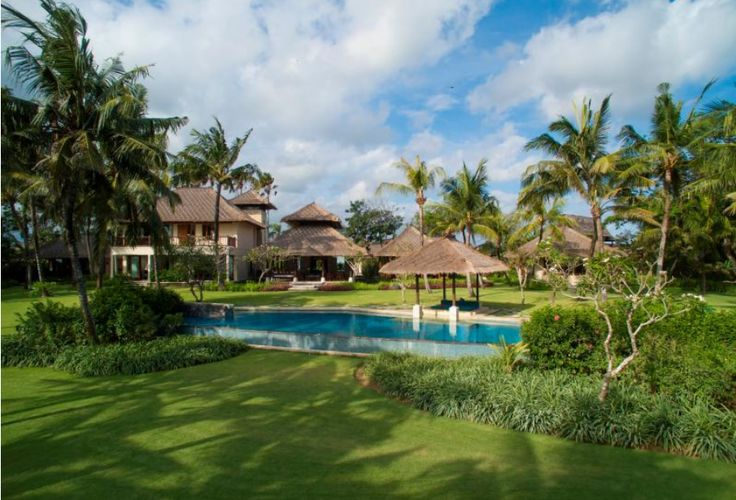 Villa Arika | 4 bedrooms #canggu #bali #villa #beach #property