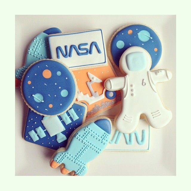 Astronaut cookie from a gingerbread cookie cutter