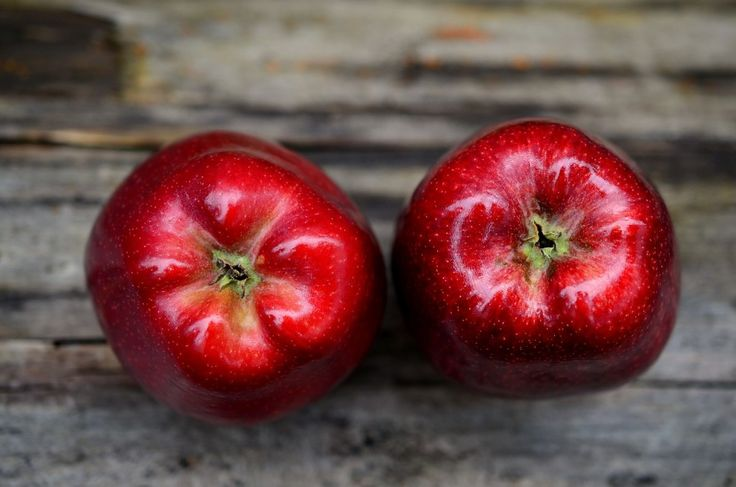 Apples : 13 Raw Foods That Are Good For Your Skin | TOAT