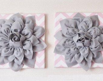 ZWEI Kinderzimmer Wand Blumen Licht Rosa Dahlien auf von bedbuggs