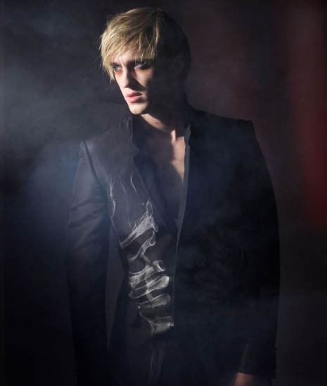 Tom Felton as a vampire... DAYUM!
