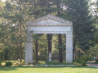 Guildwood Park: the remains of formerly glorious Toronto architecture