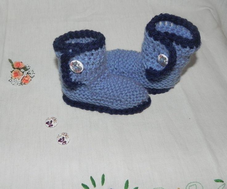 Scarpette stivaletti stile Hugg in lana da 1 a 4 mesi