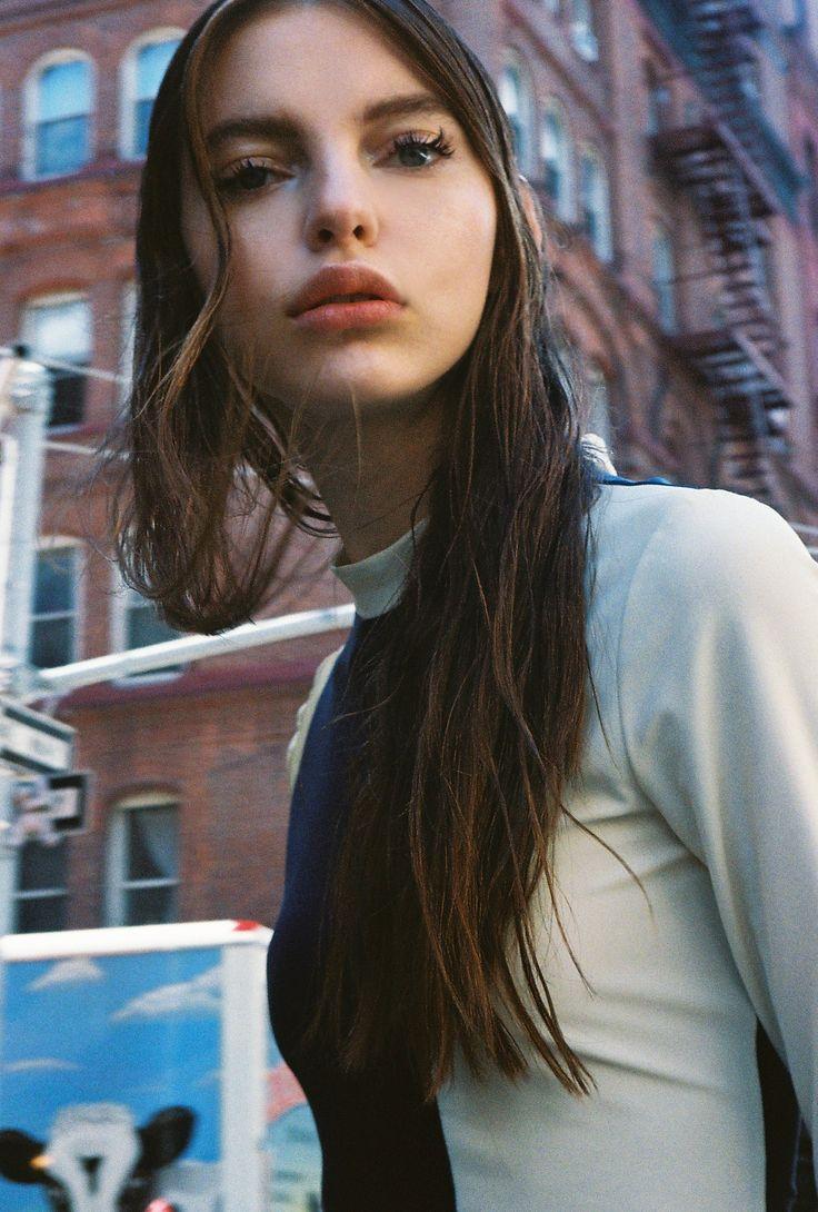 Best 20+ Brunette Models Ideas On Pinterest