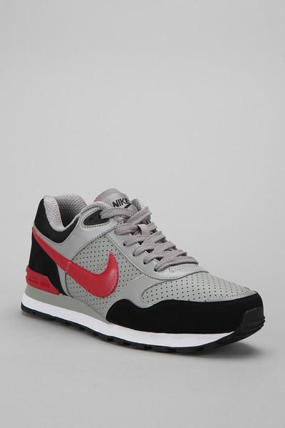 Nike Sneaker #urbanoutfitters #shoes #fashion