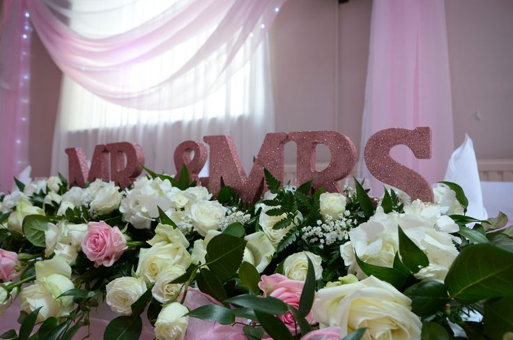 Top table wedding flowers.