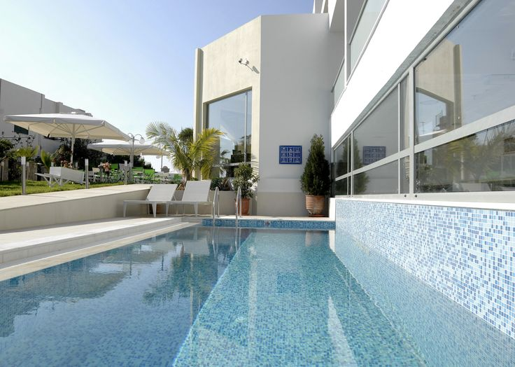 Hidden in the quiet streets of #Sissi #village, nearby Agios Nikolaos and Heraklion, a modern hotel where each suite has a unique colour theme. Our #Angela #Suites : http://www.cretetravel.com/hotel/angela-suites/