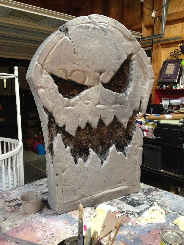 Scary tombstone tutorial