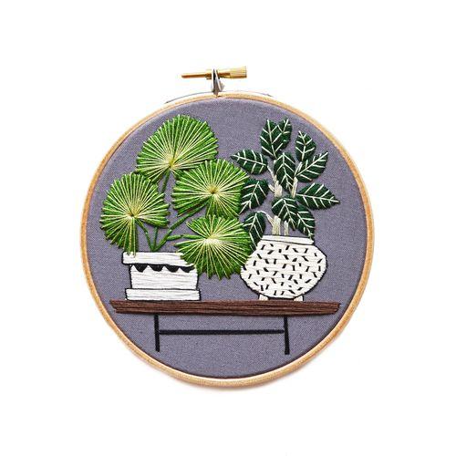 Awesome embroidery for future reference!! Aprendiendo a bordar como cuando era niña!  obtained from: Nómada Design artist: Sarah K. Benning