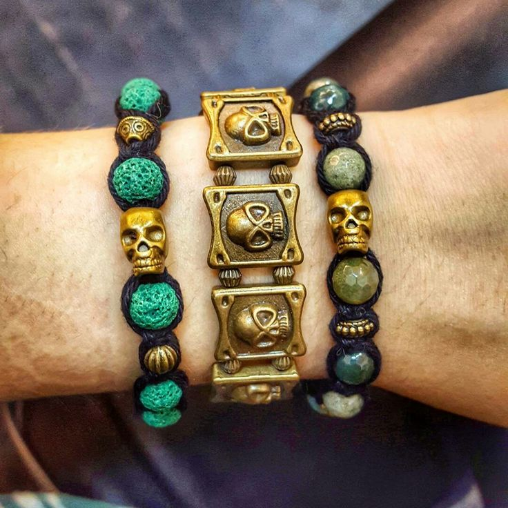 New handmade shamballa bracelets with green lava stone beads or agate stone beads with bronze skulls