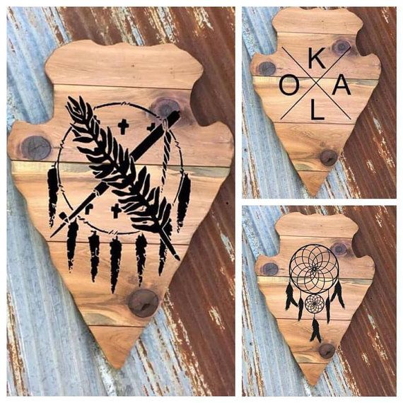Bandera de Oklahoma flecha colgante de pared de madera | Arte nativo americano | Flecha de madera | Dreamcatcher OKLA flecha personalizados | Libro de visitas de novia madera por 3NailsDesigns