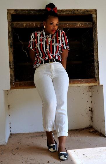 Chain Print Shirt, White Linen Pants, Navy/White Moccasins