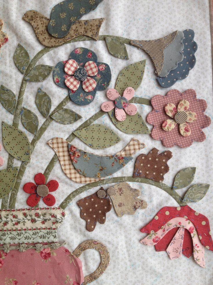836 best Applique Quilts images on Pinterest   Appliques, Flower ... : appliqued quilts - Adamdwight.com