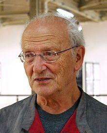 Jean Henri Gaston Giraud (Nogent-sur-Marne, 8 mei 1938 – Parijs, 10 maart 2012)