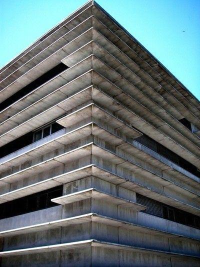 C8,Lisboa, Portugal  — Gonçalo Byrne Arquitectos