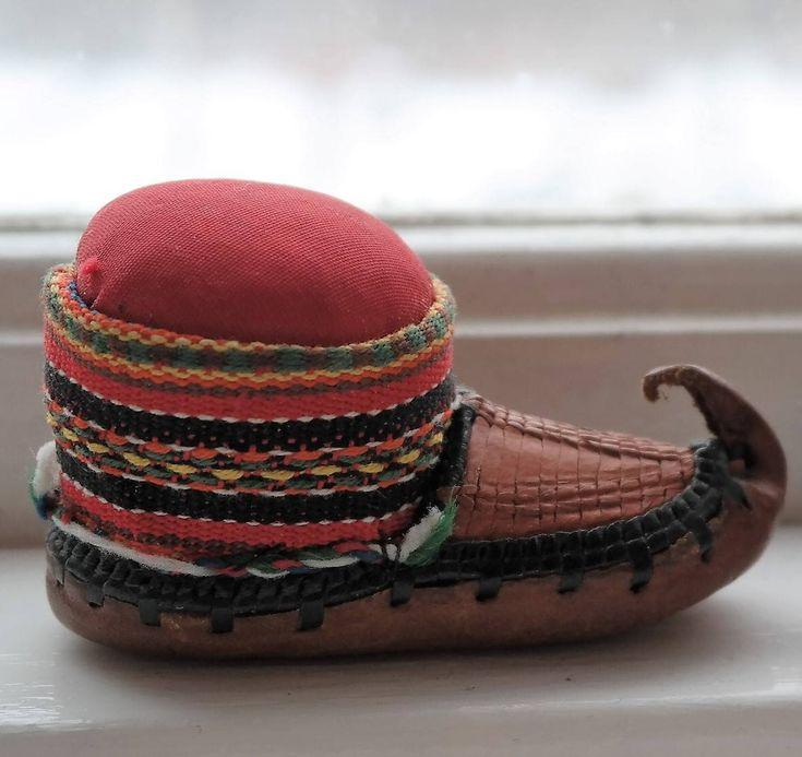 Vintage sami pin cushion - handicraft from sabme - the land of samis - duodjii by Swedenretro on Etsy