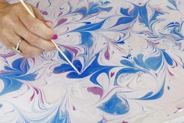 Tutorial: Como hacer papel marmoleado 10